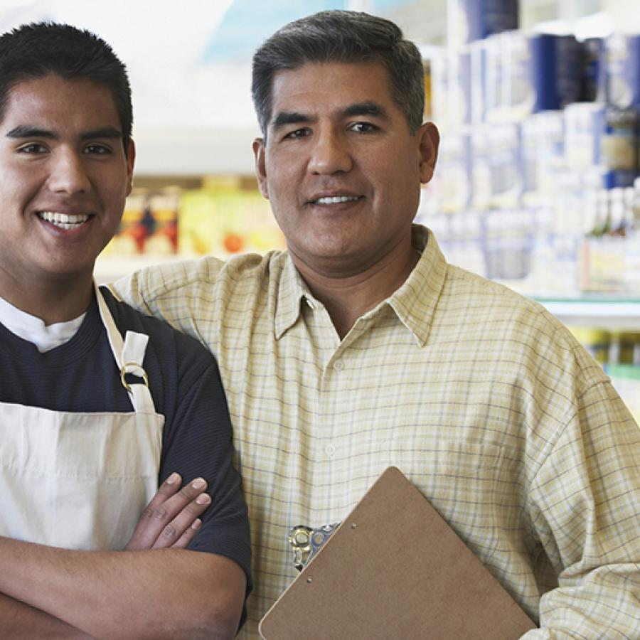 grocery-store-owners